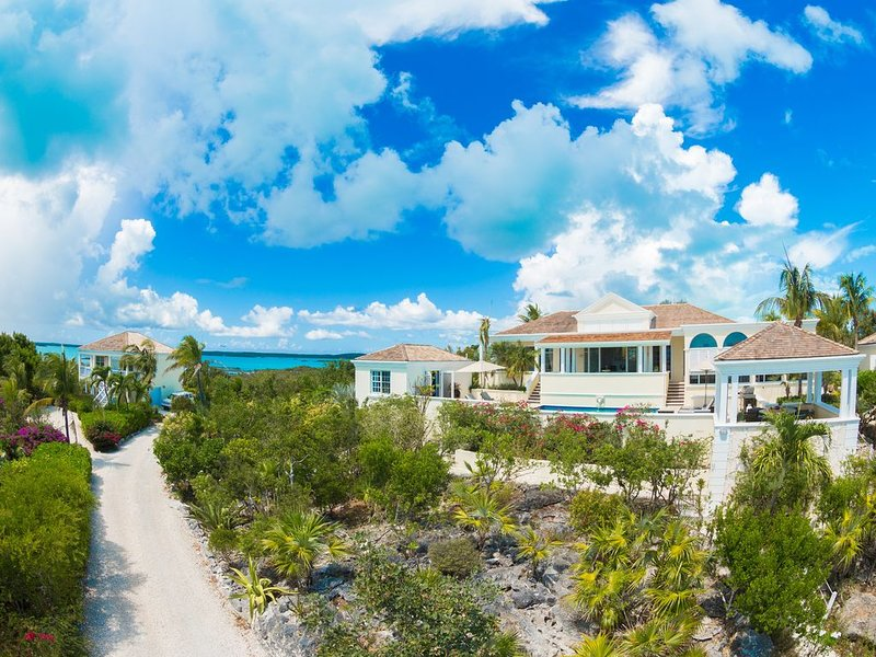 Villa Alizee - Amazing Views!, vacation rental in Turtle Cove