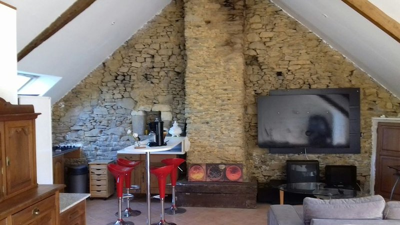 Gîte 'Hermine' au coeur du Domaine du Lesty, holiday rental in Muzillac