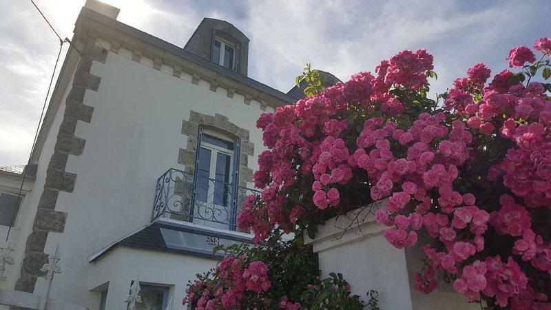 Villa L'Amiral - à 5 mn à pied des plages, holiday rental in Clohars-Carnoet
