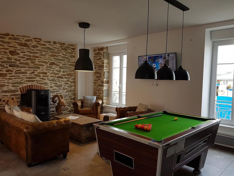 Le Conquet Spacieuse Maison de ville, vacation rental in Trebabu