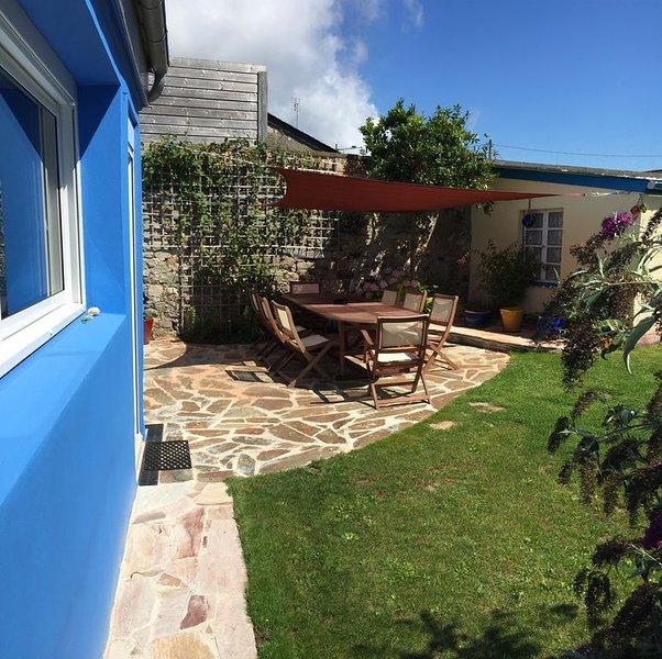 La Maison Bleue : Ty Glaz, capacité 10 personnes, 800 mètres de la plage, alquiler de vacaciones en Camaret-sur-Mer