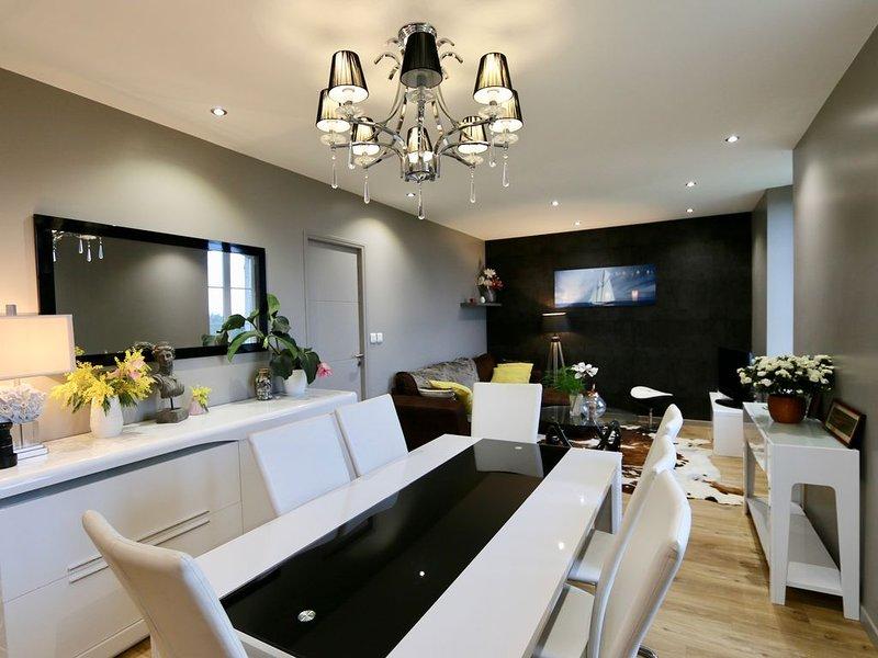 Appartement spacieux avec vue de mer exceptionnelle CANCALE, casa vacanza a Cancale