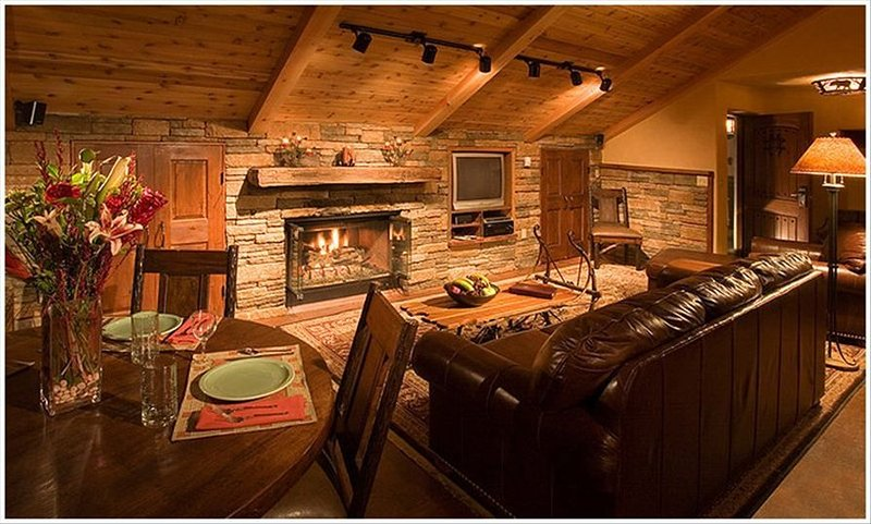 Taos Mountain Condo  - A location which can't be matched – semesterbostad i Taos Ski Valley