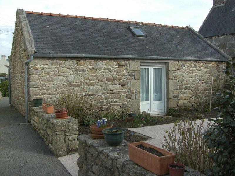 Maison de caractère pour 5 à 7 personnes, à la  pointe de  Finistère., holiday rental in Saint-Renan