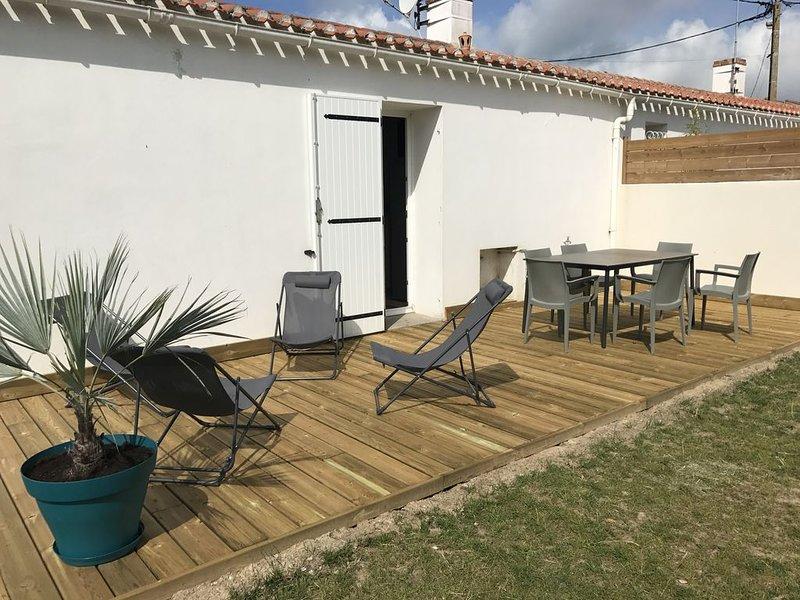 Maison proche de la mer avec jardin, alquiler de vacaciones en Les Sables-d'Olonne
