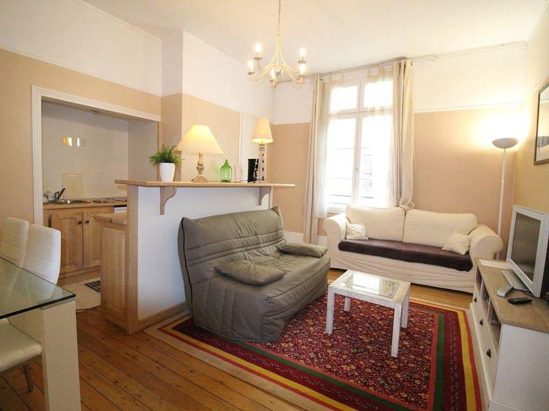 Apartement 38m² deux pièces accès plage !, holiday rental in Trouville-sur-Mer