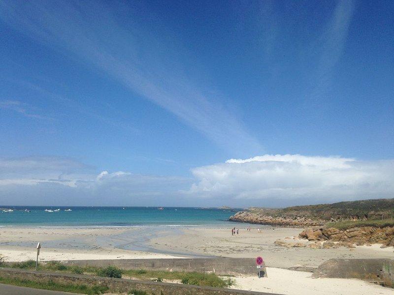 Au calme, à 30 mètres d'une très belle plage à Kersaint, location de vacances à Landunvez