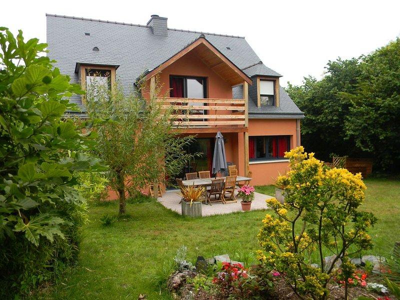 Belle   maison     près du grand site  cap d'Erquy/cap Fréhel, vacation rental in Erquy