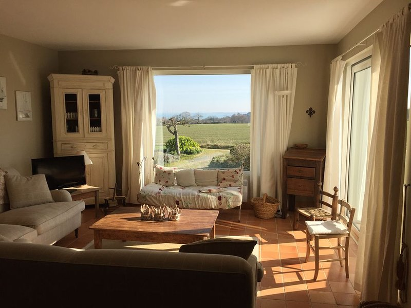 Rare : Villa de charme  8 personnes avec vue  mer et campagne, alquiler vacacional en Saint-Cast le Guildo