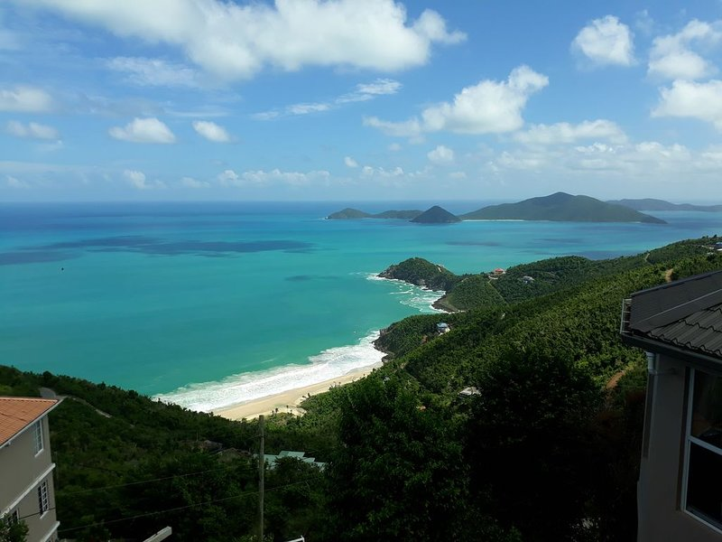 Aqua Vista Villa, Tortola, BVI, holiday rental in British Virgin Islands