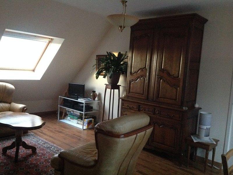 Gouville sur mer (50560) Appartement 65 m2 au 1er étage d'une maison individuell, vacation rental in Gouville-sur-Mer