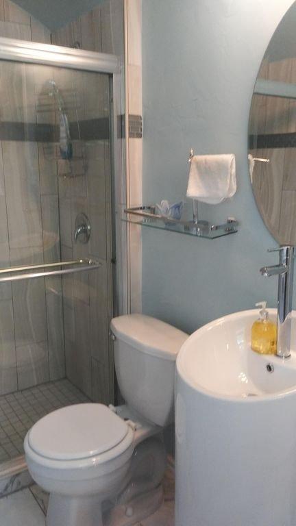 spa comme salle de bains avec sols en marbre