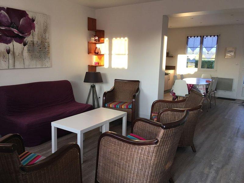 Maison rénovée, au calme sur l'île de batz, holiday rental in Ile-de-Batz