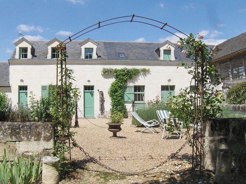 Gîte de charme dans propriété du XIXème au milieu d'un parc boisé à Saumur, alquiler vacacional en Saumur