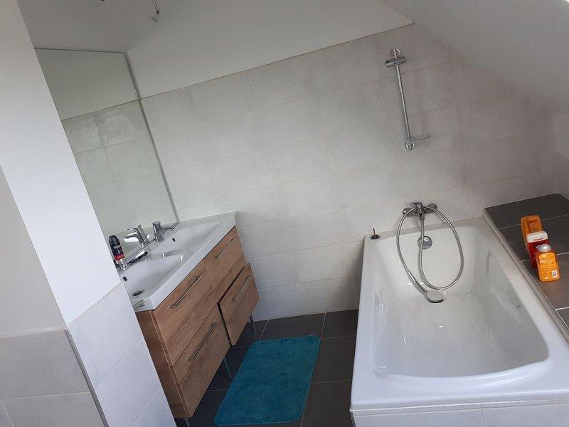 Location chambre dans maison, holiday rental in Saint-Renan