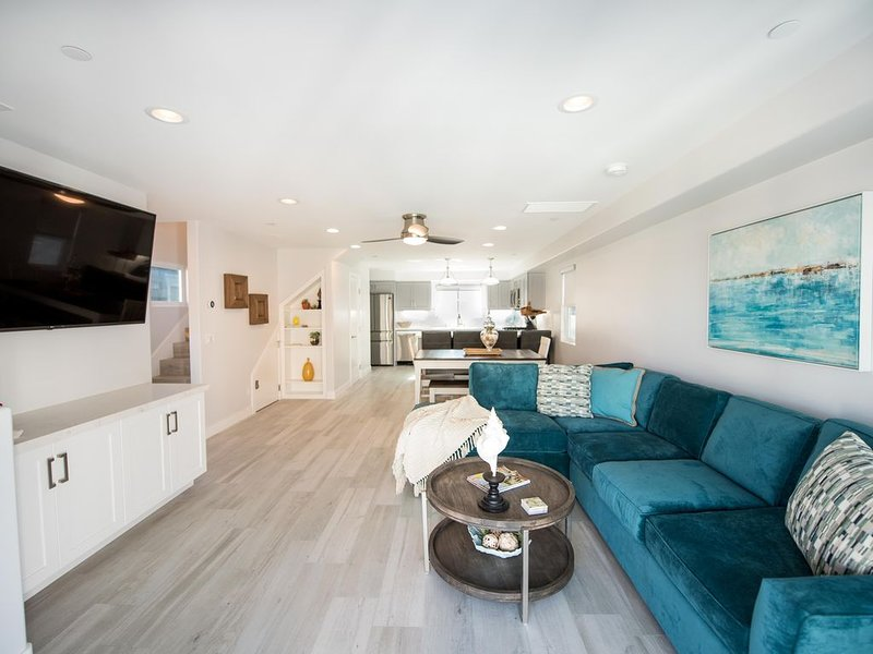 BRAND NEW 2019- Steps to Ocean- best location in N. Mission Beach- 3bd/3ba, alquiler de vacaciones en San Diego
