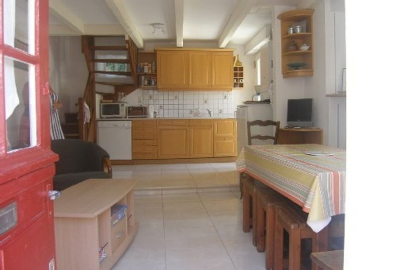 Maison typique dans village paludier pour 2 à 5 pers. confortable,calme, Wi-fi, location de vacances à Batz-sur-Mer