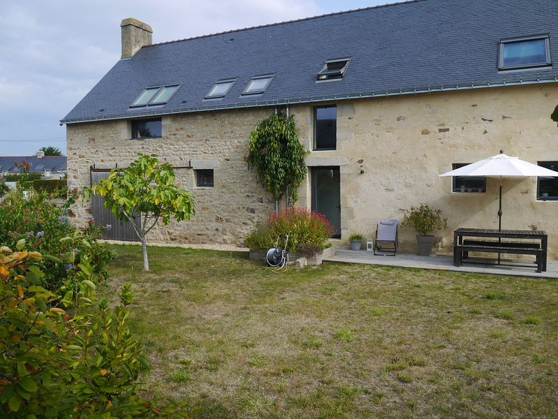 Belle Longère 6-8 personnes, holiday rental in Theix