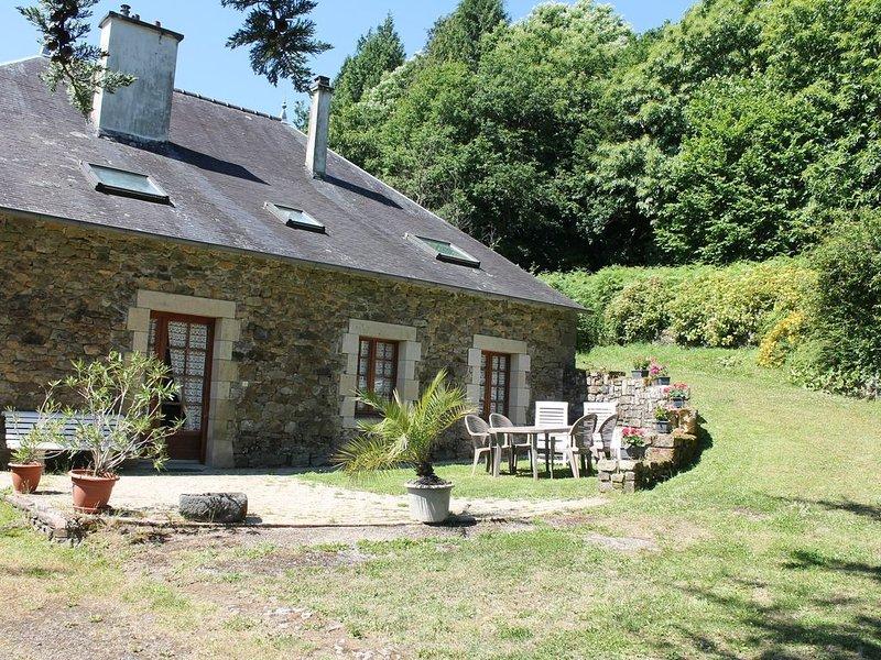 Jolie maison de campagne proche mer et départ presqu'ile de CROZON au FAOU, holiday rental in Daoulas