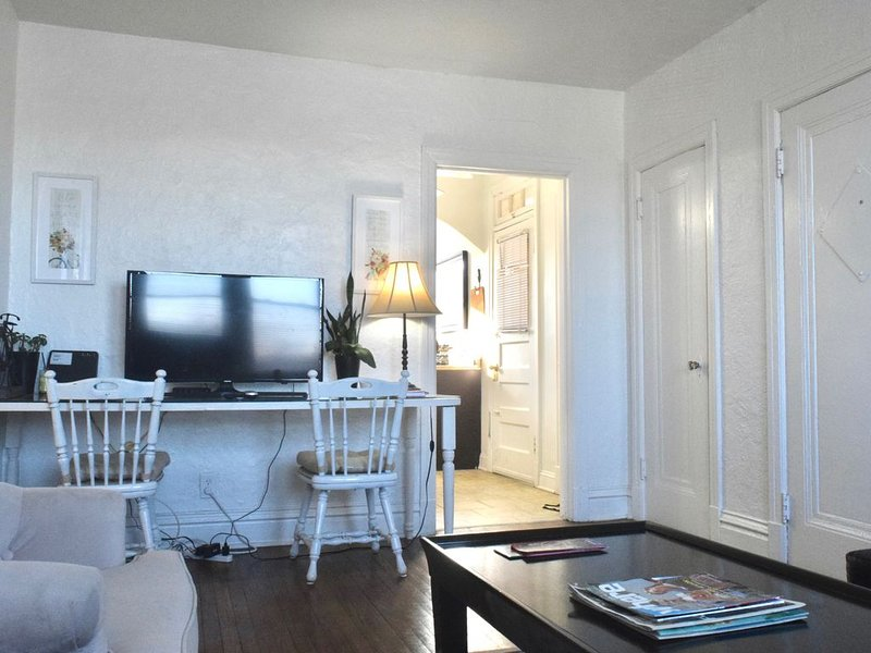 (53.2S) Jewel of Central Saint Louis!, casa vacanza a Maryland Heights