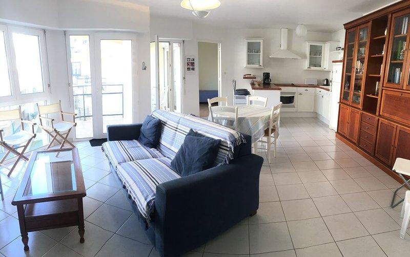 PL 01    Appartement à 100m de la plage avec vue mer du balcon au Trez-Hir, alquiler vacacional en Plouzane