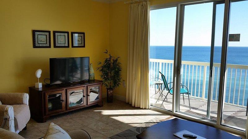 Beautiful Condo- King Bed/2 Full Baths - October booking bonus -Inquire Now!, alquiler de vacaciones en Panama City Beach