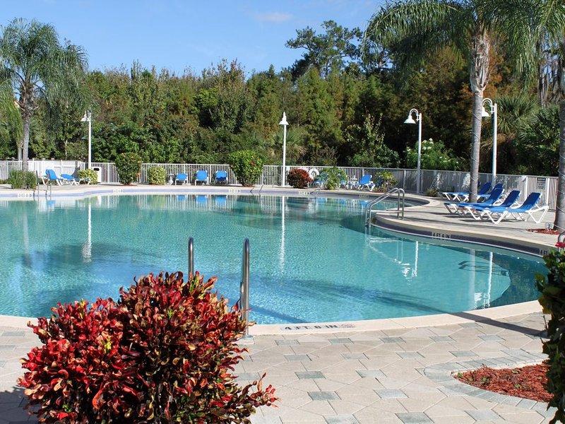 two adult pools, 'kiddie pool' and jacuzzi