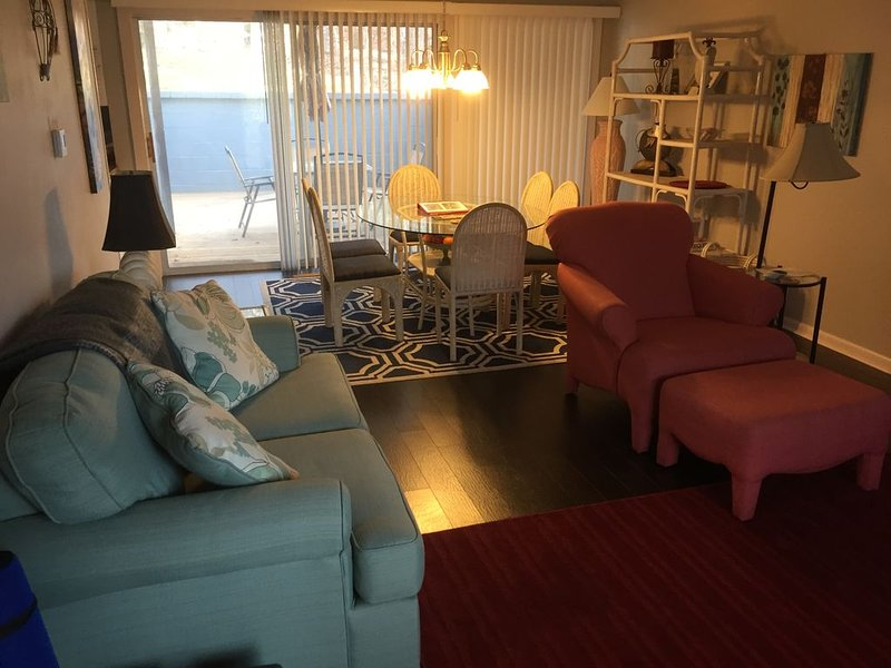 Beautifully Decorated 2 Bedroom Townhome!, vacation rental in Hot Springs Village