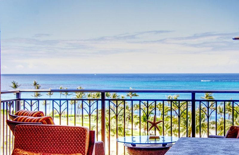 Early HOLIDAY Discount on the beach! ��️ O802, Ferienwohnung in Kapolei