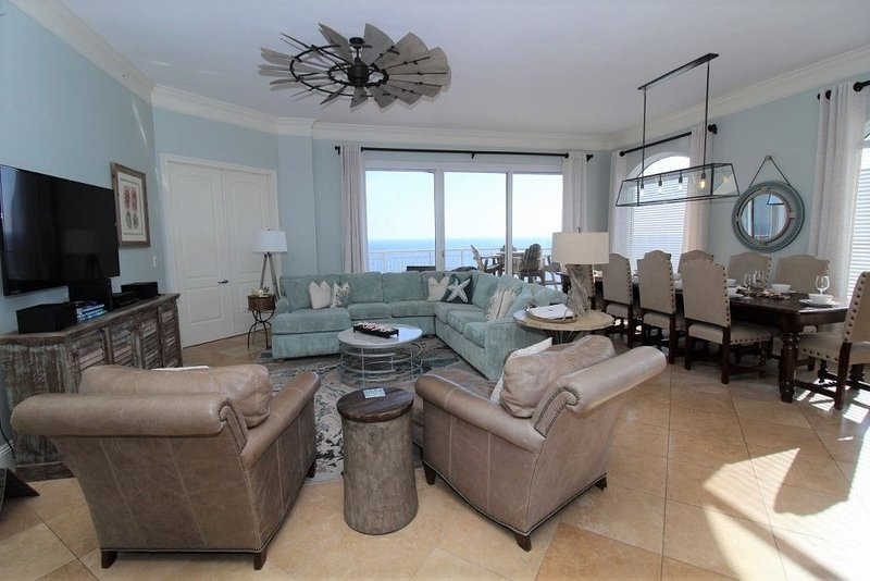 Gulf Front Indigo 4br Penthouse+Free Beach Service!* Reserve Today!!, holiday rental in Perdido Key