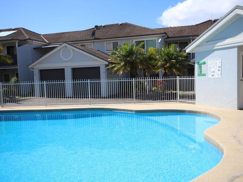 Paradise Waters - No. 13, location de vacances à Korora