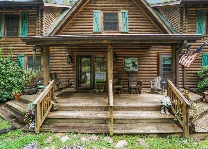 Front entrance to our beautiful wood cabin!