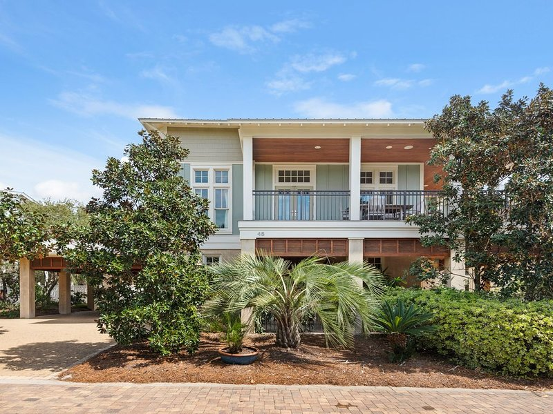Nestled InnPrivate, Pristine and Family Friendly! - 5BR Vacation Home, Pool,, holiday rental in Seagrove Beach