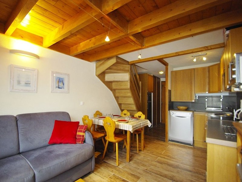 Duplex Apartment 43m ² for 4 persons, fully renovated, holiday rental in Saint-Martin-de-Belleville