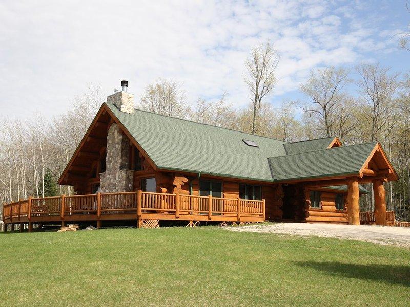 Log Retreat At Fish Creek, casa vacanza a Fish Creek