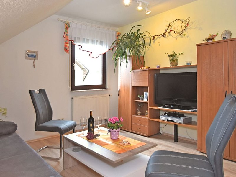 Cosy Apartment in Werda with Garden, holiday rental in Markneukirchen