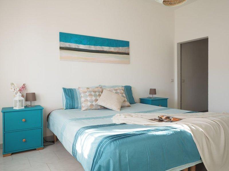 Tranquilla casa vacanze con vista, comfort e privacy, location de vacances à Fluminimaggiore