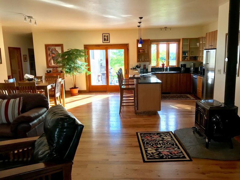 Mountain Greyporch--Relax and Enjoy, vacation rental in Driggs