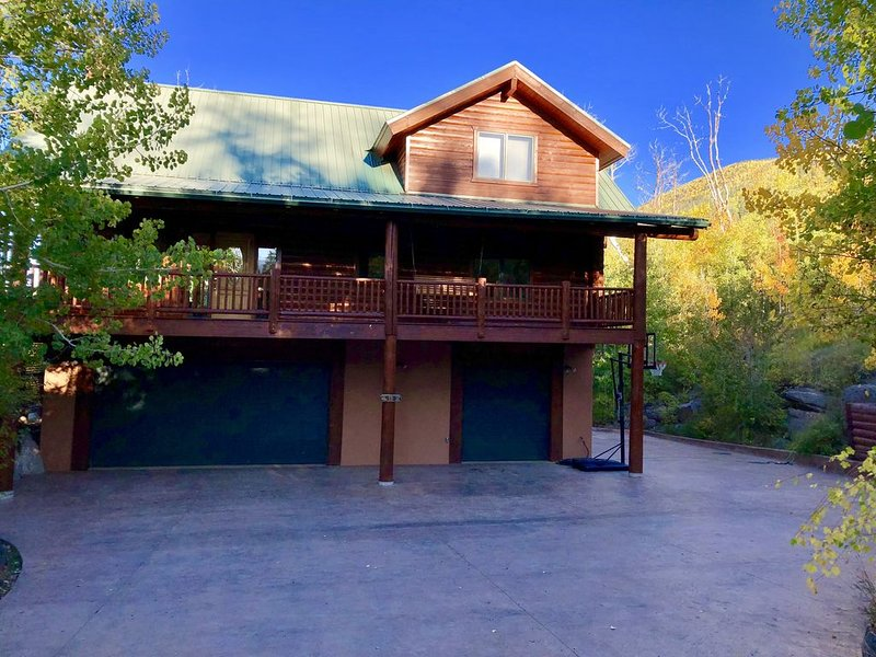 Mountain home/cabin located near Powderhorn Ski Resort, alquiler vacacional en Cedaredge