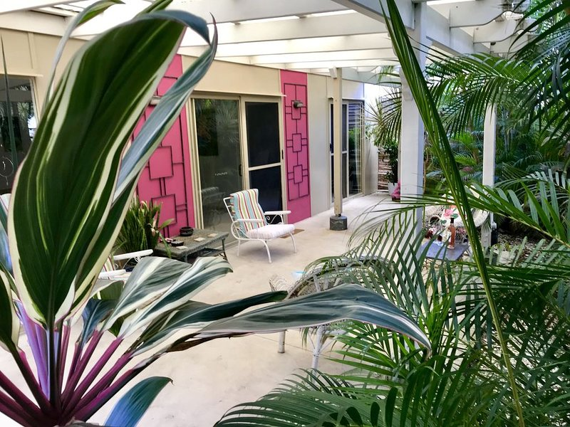 Boheme Peregian Beach art&soul inspiring&relaxing, vacation rental in Doonan