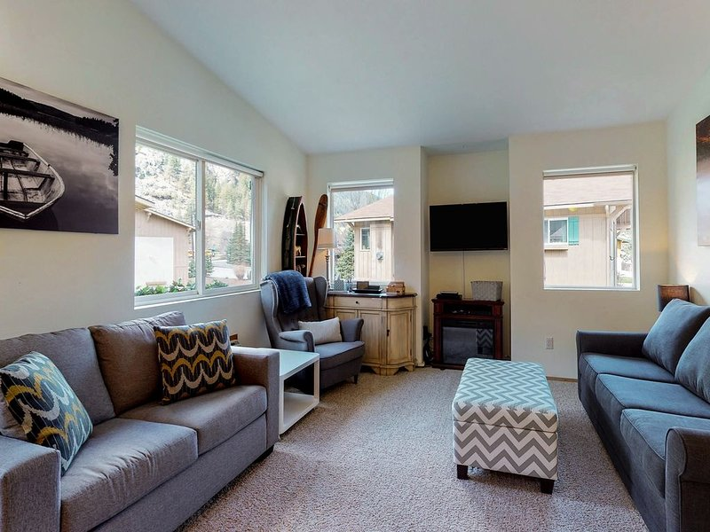 Alpine Family Haus-Everything you need! Short walk to town!, alquiler de vacaciones en Leavenworth