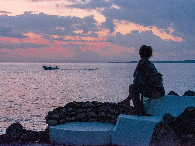 Soirée ..... détente! Profiter de la beauté de la mer