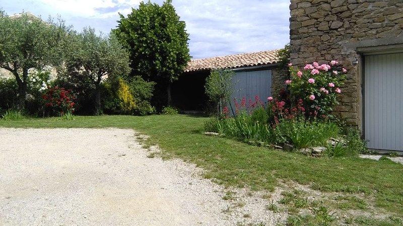courtyard with garage