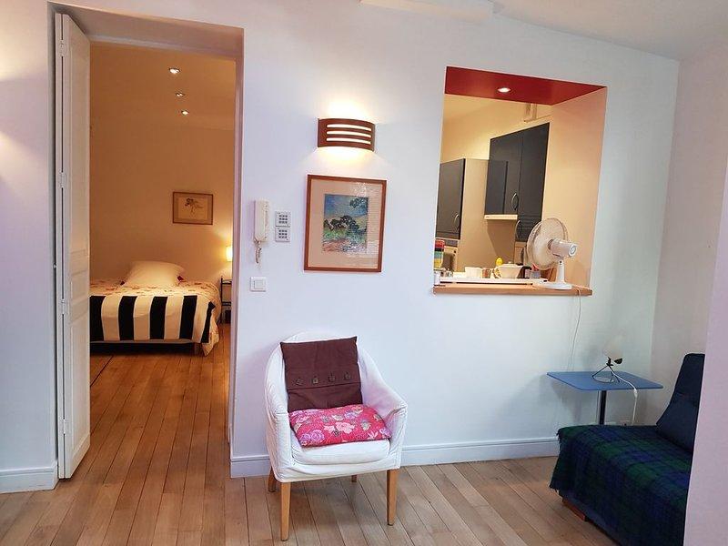 Appartement design sur jardin privé au coeur des Batignolles., aluguéis de temporada em Paris