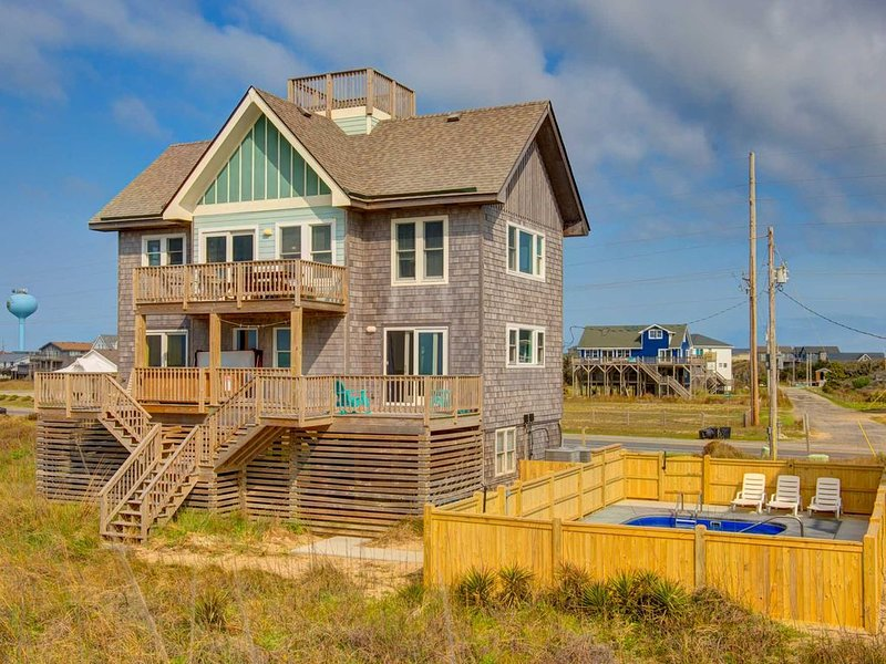 �️ Contemporary Home in Hatteras w/ panoramic ocean views, private pool, hot tu, vacation rental in Hatteras