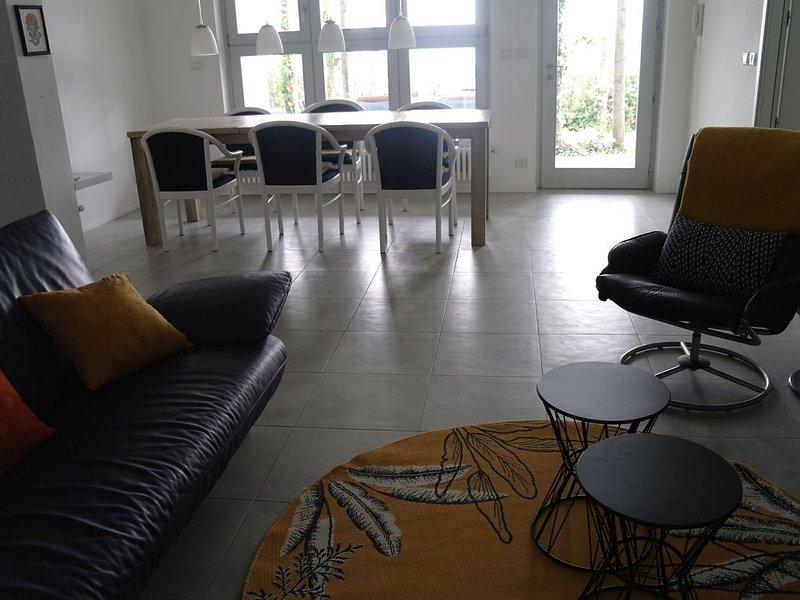 Moderne 3-Zimmer-Gartenwohnung mit maximaler Privatsphäre, vakantiewoning in Olmo Gentile
