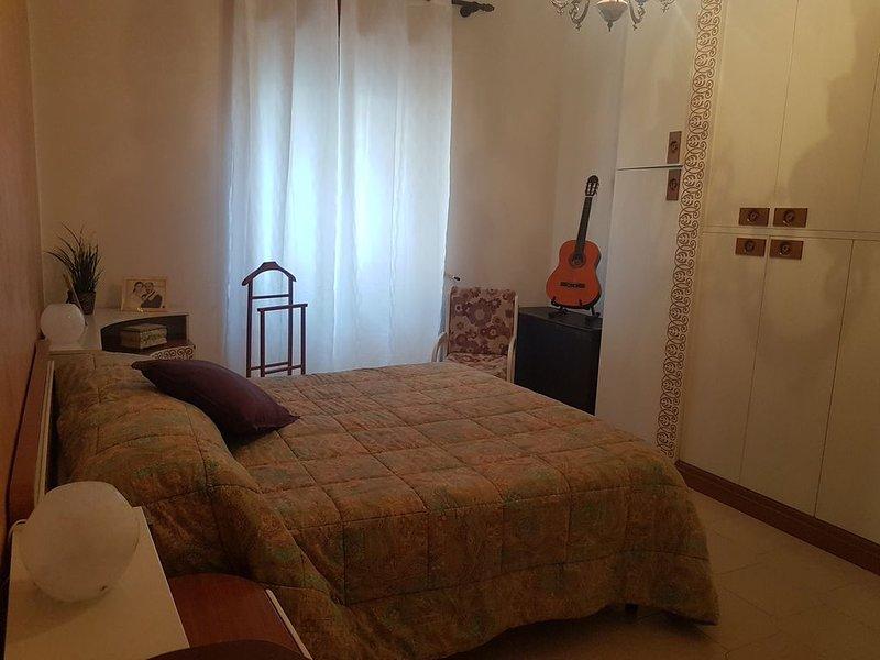 IL COMFORT DI CASA MIA NEL CENTRO DI SALERNO, holiday rental in Salerno