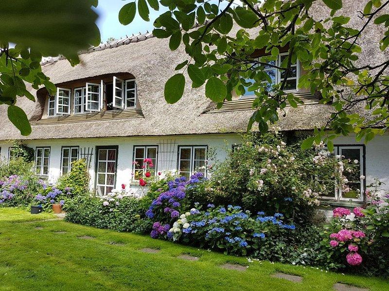 Ferienhof SONDERBYGAARD: Gemütl. Gaubenwohnung f. Paare/kleine Familie, mit WLAN, location de vacances à Horuphav