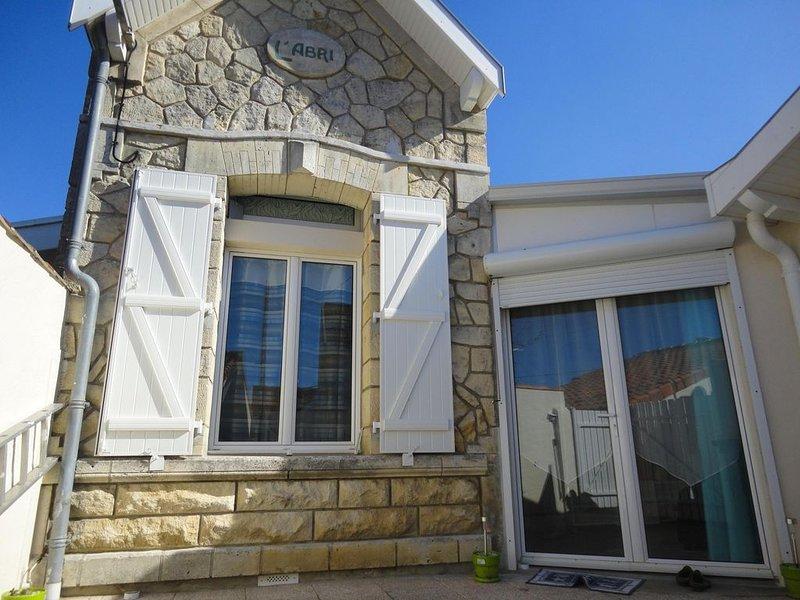 Villa Chatelaillonnaise proche marché et plage 3 chambres, holiday rental in Saint Vivien