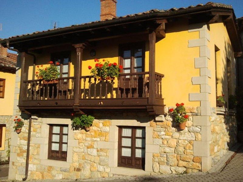 Casa rural (alquiler íntegro) Foína  para 4 personas, holiday rental in San Julian